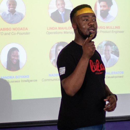 Lula founder Velani Mboweni pitching at the Africa Early Stage Investor Summit 2018 held earlier this month in Cape Town (Image via Ventureburn)