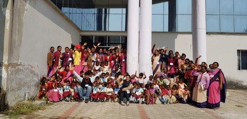 Team TiTLI working with children