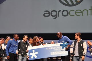 Agrocenta winning the Seedstars Global Award